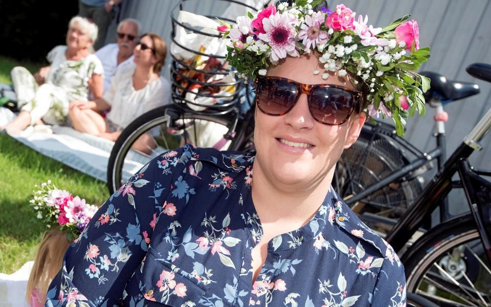 Emma Hkansson, 39 r i Halmstad p Snstorpsvgen 34 B