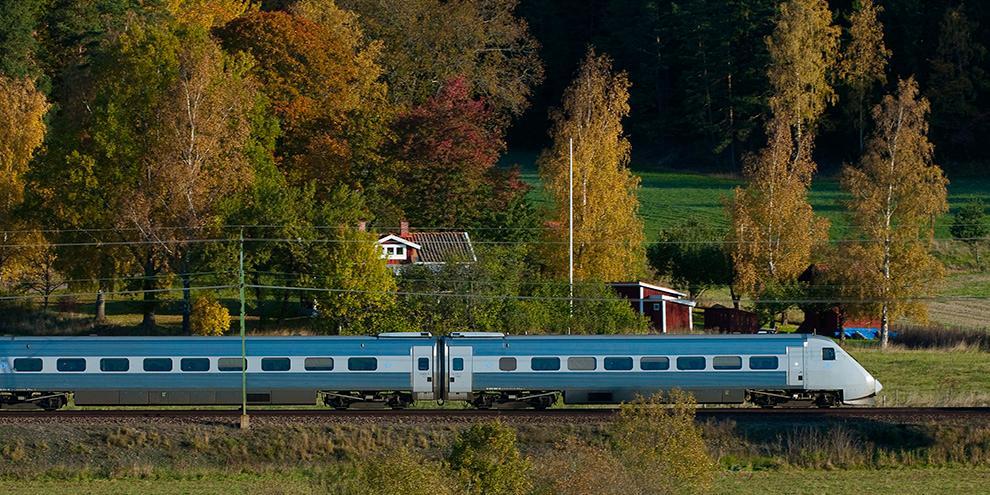 falkenberg stockholm tåg