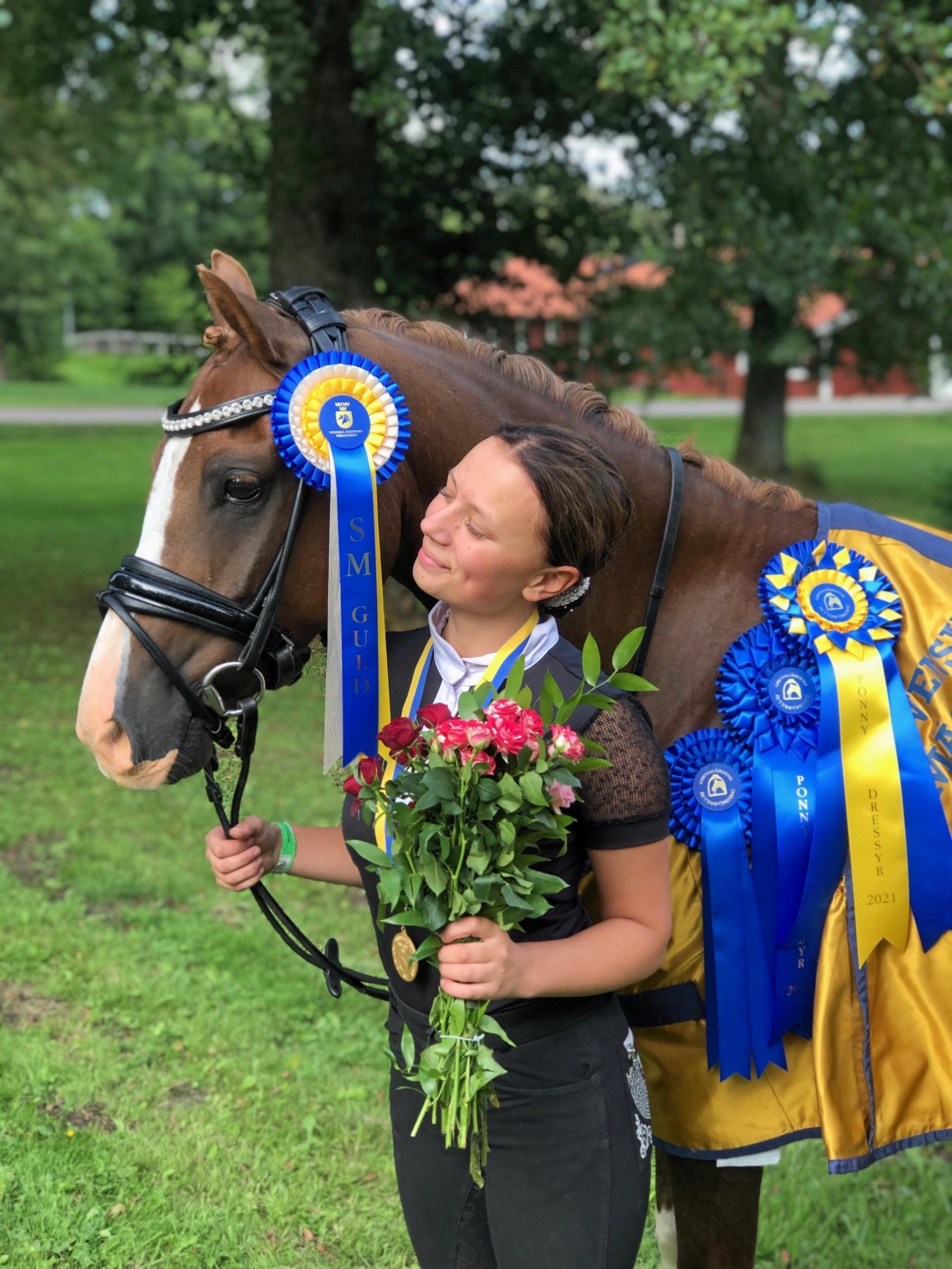 """Halmstadtalang vann SM-guld – i sista tävlingen med hästen: """"Helt sjukt"""""""